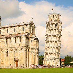 Italy-2-Pisa-D43918220-min