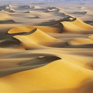 Sand-dunes-hot-White-Desert-Egypt_m