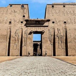 Temple-of-Edfu-interesting-facts-before-visiting-E-650×400