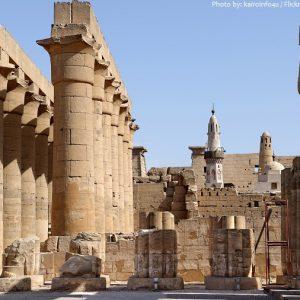 luxor-temple-colonnade